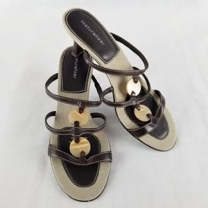Naturalizer  Sz 7M Slip On Sandals 2.5 Inch Heels